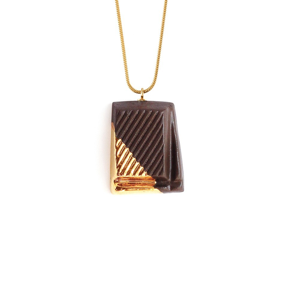 DARK CHOCOLATE WITH GOLD GLAZE
